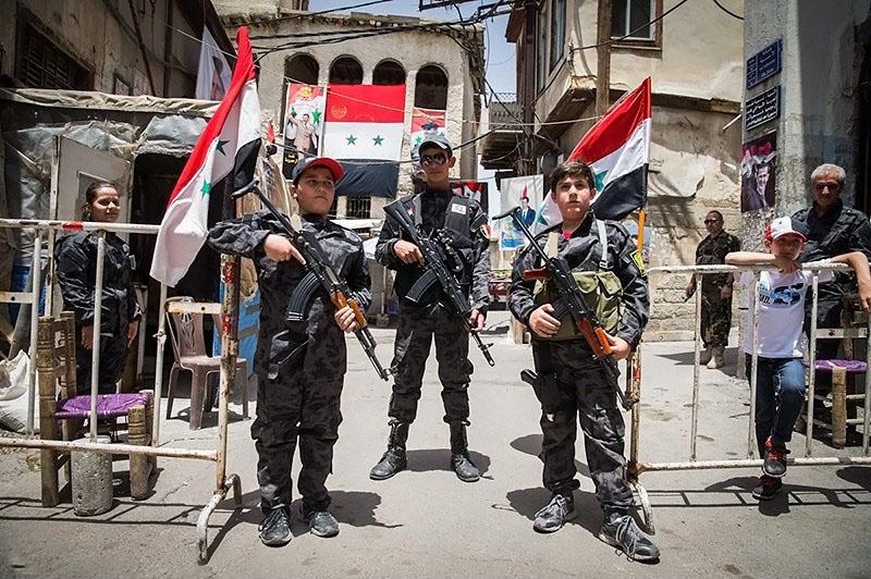 Symbolic_boy_soldiers_defending_Damascus_against_terrorist_attacks